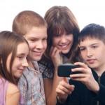 Así descubren aplicaciones los jóvenes