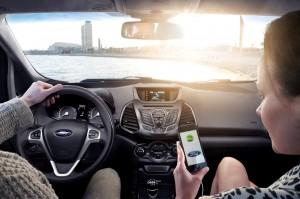 Ford anima a los desarrolladores a trabajar juntos y hacer sus apps compatibles con la conducción
