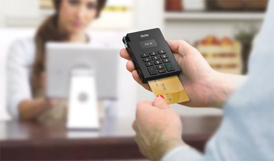 Llega a España iZettle, un lector de tarjetas bancarias que se conecta al smartphone