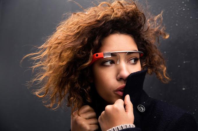 Las Google Glass contarán con apps de Facebook, Twitter, Evernote o la CNN