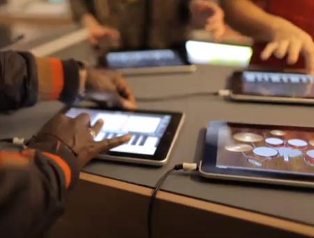 Vídeo: Sesión del rapero Tinchy Stryder con apps de música para iPad