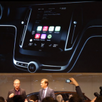 Vídeo: Apple muestra CarPlay, su iOS para coches, en un concept de Volvo