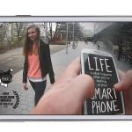 Vídeo: La vida es lo que pasa mientras miras tu smartphone
