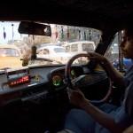 Dos de cada diez solicitudes de taxis de Madrid y Barcelona se hacen a través de apps