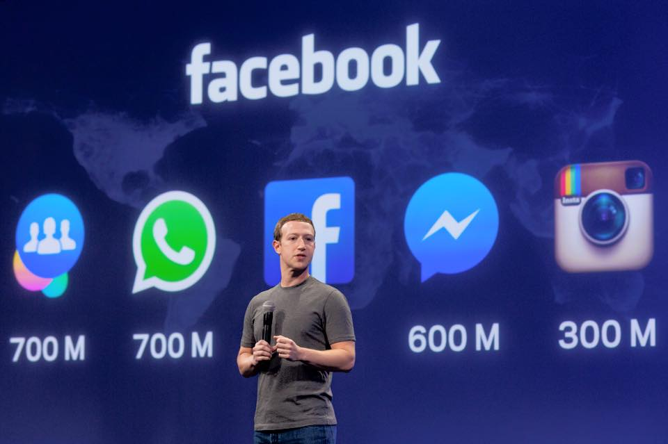facebook-messenger-zuckerberg