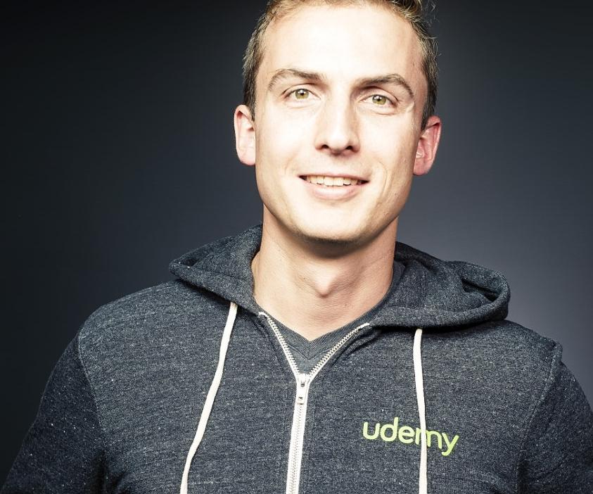 """Udemy: """"Los usuarios quieren cursos para consumirlos en su móvil en cualquier momento y lugar"""""""