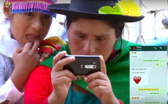 Wasapeando, una de las canciones más bizarras sobre WhatsApp