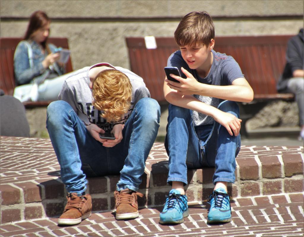 Padres, cuidado con estas aplicaciones móviles