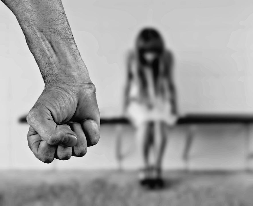 Las apps para saber si los maltratadores espían a sus parejas no son efectivas