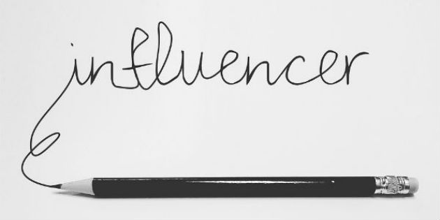 El negocio de comprar visitas, seguidores... y descargas