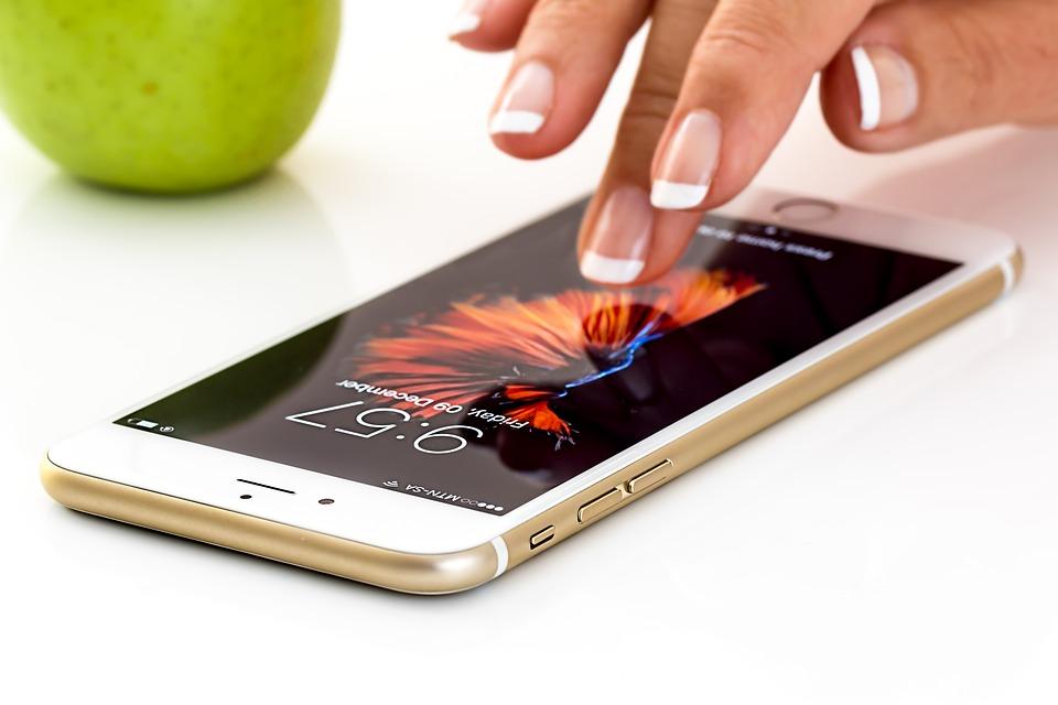 El 40% de las apps que se relanzan al desbloquear el smartphone se cierran en 5 segundos