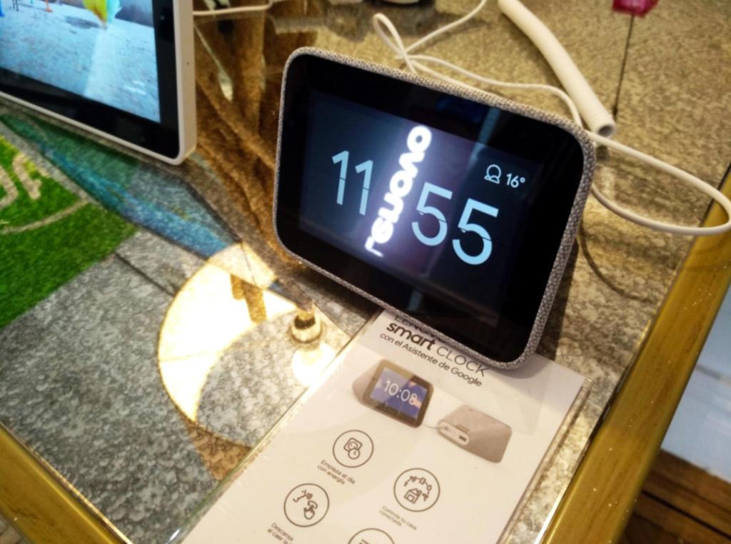 El Lenovo Smart Clock, ya a la venta en España por 89,99 euros