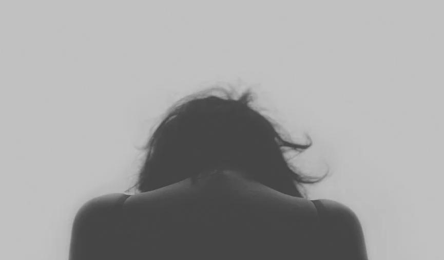 Por qué las apps para la prevención del suicidio pueden ser peligrosas