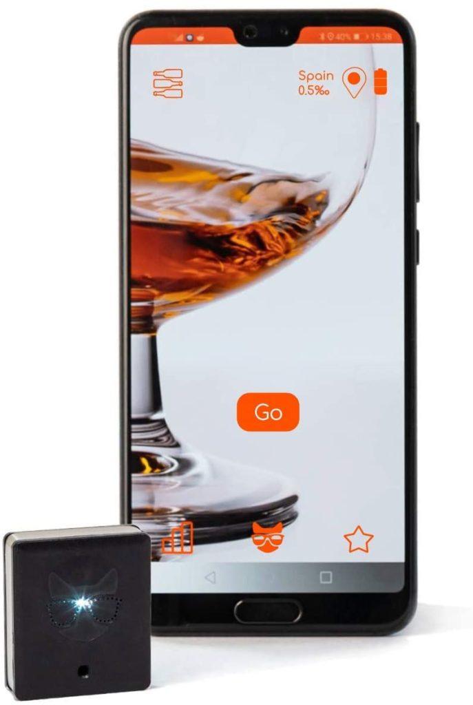 Este alcoholímetro conectado a tu smartphone tiene hasta un predictor de resaca