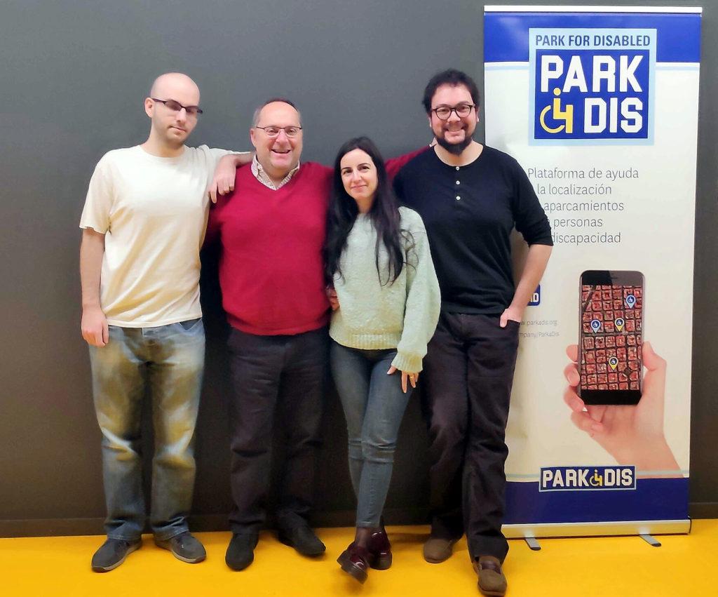 """Park4dis: """"Nos falta mucha conciencia social sobre el uso de plazas para personas con movilidad reducida"""""""