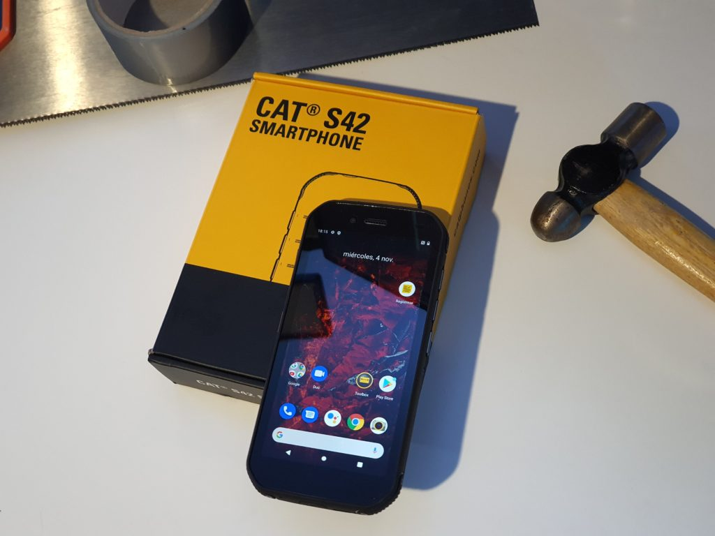 CAT S42: Un teléfono forjado por los enanos