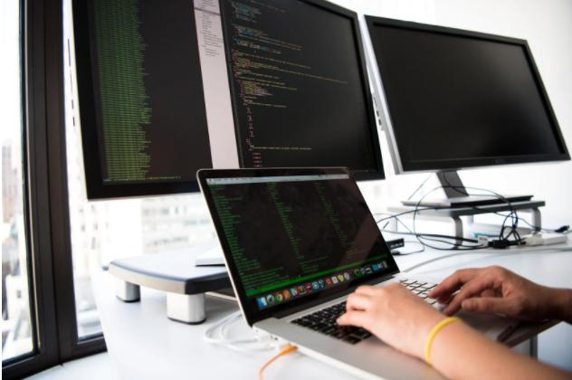 ¿Cómo crear una aplicación móvil multiplataforma?